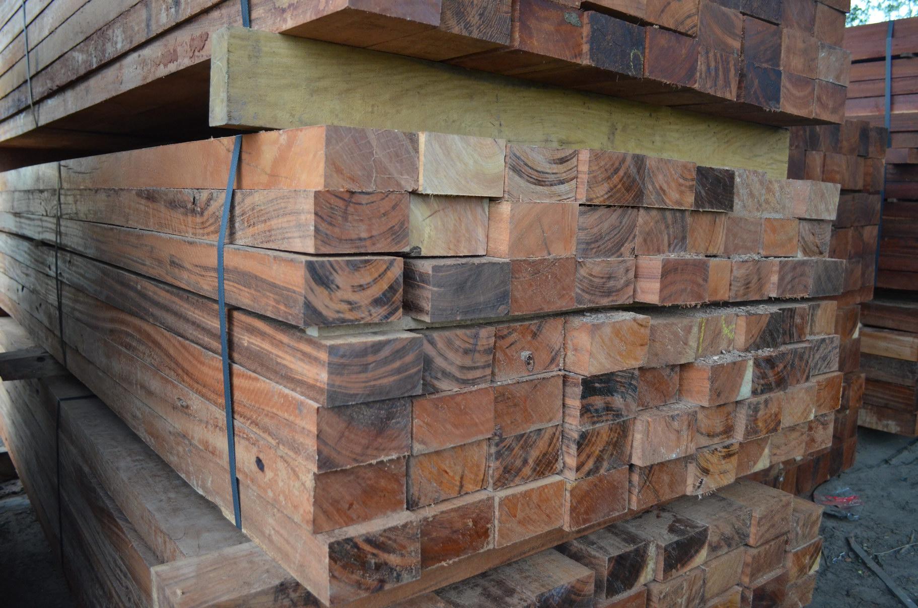 ケブラッチョ コロラドを高耐久性木材のラインナップに